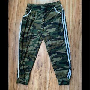 Indero Camouflage Jogging Pants